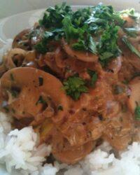 mushroom stroganoff with rice