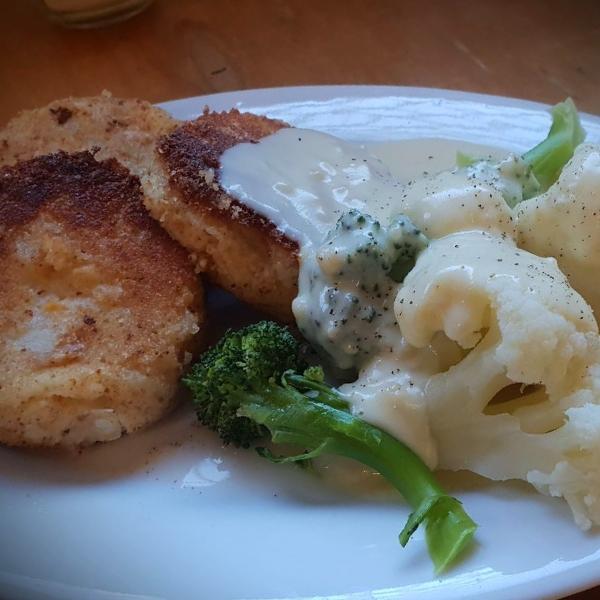 Chickpea patties with broccilli and cauli